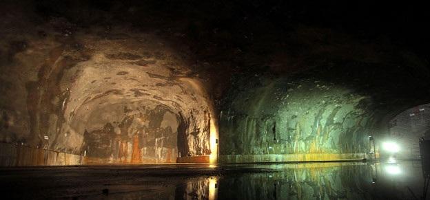 Almacenamiento de crudo en cavernas